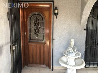 NEX-40653 - Casa en Venta en Torres Lindavista, CP 07708, Ciudad de México, con 4 recamaras, con 3 baños, con 1 medio baño, con 240 m2 de construcción.