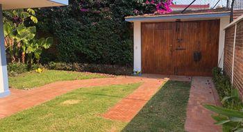 NEX-26251 - Casa en Venta en Jardines de Santa Mónica, CP 54050, México, con 3 recamaras, con 2 baños, con 1 medio baño, con 150 m2 de construcción.