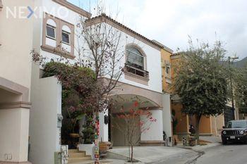 NEX-39568 - Casa en Venta, con 3 recamaras, con 4 baños, con 1 medio baño, con 200 m2 de construcción en Vistancias, CP 64984, Nuevo León.