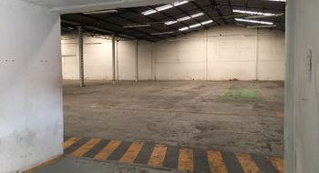 NEX-14368 - Bodega en Renta en Xocoyahualco, CP 54080, México, con 8 medio baños, con 2100 m2 de construcción.