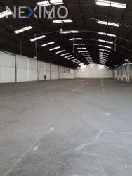 NEX-29629 - Bodega en Renta, con 5000 m2 de construcción en Acueducto Tenayuca, CP 54150, México.