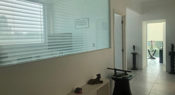 NEX-29738 - Oficina en Renta en San Rafael, CP 06470, Ciudad de México, con 4 recamaras, con 1 medio baño, con 70 m2 de construcción.
