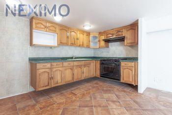 NEX-40349 - Departamento en Renta, con 1 recamara, con 1 baño, con 80 m2 de construcción en Lomas de Chapultepec IV Sección, CP 11000, Ciudad de México.