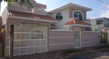 NEX-16737 - Casa en Venta en Floresta, CP 91940, Veracruz de Ignacio de la Llave, con 4 recamaras, con 4 baños, con 1 medio baño, con 311 m2 de construcción.