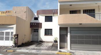 NEX-25966 - Casa en Venta en Cordilleras, CP 94293, Veracruz de Ignacio de la Llave, con 3 recamaras, con 2 baños, con 107 m2 de construcción.