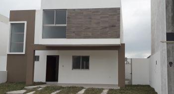 NEX-26029 - Casa en Venta en Lomas del Sol, CP 95264, Veracruz de Ignacio de la Llave, con 3 recamaras, con 2 baños, con 1 medio baño, con 176 m2 de construcción.