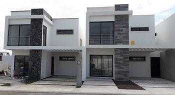 NEX-26699 - Casa en Venta en Lomas de la Rioja, CP 95266, Veracruz de Ignacio de la Llave, con 3 recamaras, con 2 baños, con 1 medio baño, con 157 m2 de construcción.
