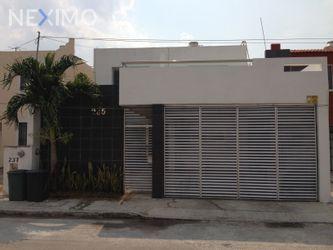 NEX-14253 - Casa en Venta, con 3 recamaras, con 1 baño, con 1 medio baño, con 175 m2 de construcción en Francisco de Montejo V, CP 97203, Yucatán.