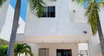 NEX-16730 - Casa en Renta en Supermanzana 312, CP 77533, Quintana Roo, con 3 recamaras, con 2 baños, con 1 medio baño, con 160 m2 de construcción.