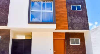 NEX-22570 - Casa en Venta en Supermanzana 313, CP 77533, Quintana Roo, con 3 recamaras, con 2 baños, con 1 medio baño, con 143 m2 de construcción.