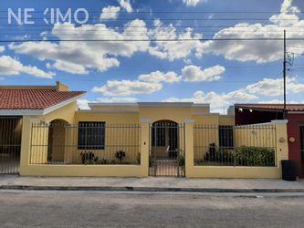 NEX-26411 - Casa en Renta, con 3 recamaras, con 2 baños, con 1 medio baño, con 300 m2 de construcción en Jardines Del Norte, CP 97138, Yucatán.