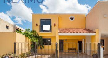 NEX-30817 - Casa en Venta en Emiliano Zapata Nte, CP 97129, Yucatán, con 4 recamaras, con 4 baños, con 1 medio baño, con 217 m2 de construcción.