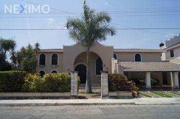 NEX-33067 - Casa en Venta, con 4 recamaras, con 3 baños, con 1 medio baño, con 647 m2 de construcción en Campestre, CP 97120, Yucatán.