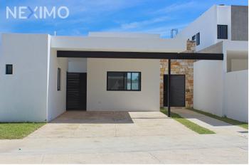 NEX-36923 - Casa en Venta, con 2 recamaras, con 2 baños, con 1 medio baño, con 180 m2 de construcción en Cholul, CP 97305, Yucatán.