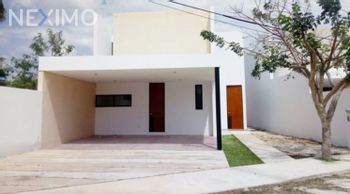 NEX-38737 - Casa en Venta, con 4 recamaras, con 4 baños, con 217 m2 de construcción en Cholul, CP 97305, Yucatán.
