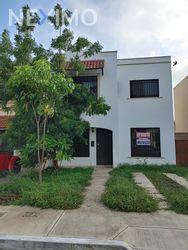 NEX-48275 - Casa en Venta, con 2 recamaras, con 1 baño, con 1 medio baño, con 132 m2 de construcción en Gran Santa Fe, CP 97314, Yucatán.