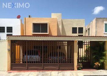 NEX-49247 - Casa en Renta, con 2 recamaras, con 1 baño, con 1 medio baño, con 1 m2 de construcción en Altabrisa, CP 97130, Yucatán.