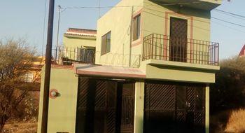 NEX-4057 - Casa en Venta en La Magdalena, CP 76750, Querétaro, con 4 recamaras, con 3 baños, con 1 medio baño, con 154 m2 de construcción.