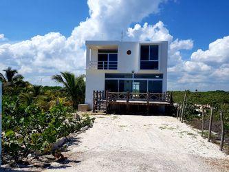 NEX-10664 - Casa en Venta en Telchac Puerto, CP 97407, Yucatán, con 3 recamaras, con 3 baños, con 180 m2 de construcción.