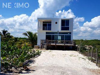 NEX-10664 - Casa en Venta, con 3 recamaras, con 3 baños, con 180 m2 de construcción en Telchac Puerto, CP 97407, Yucatán.