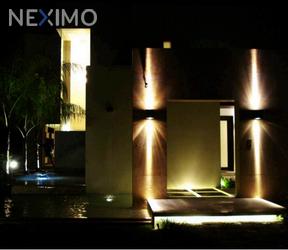 NEX-11290 - Casa en Venta en Sierra Papacal, CP 97302, Yucatán, con 4 recamaras, con 4 baños, con 1 medio baño, con 883 m2 de construcción.