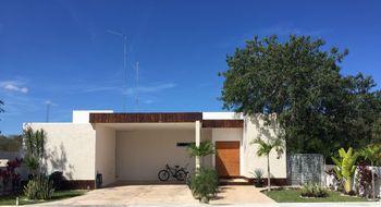 NEX-11604 - Casa en Renta en La Rejoyada, CP 97307, Yucatán, con 3 recamaras, con 3 baños, con 1 medio baño, con 311 m2 de construcción.