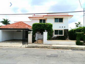 NEX-22097 - Casa en Venta, con 4 recamaras, con 3 baños, con 1 medio baño, con 100 m2 de construcción en Vista Alegre, CP 97130, Yucatán.