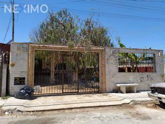 NEX-28759 - Casa en Venta, con 2 recamaras, con 1 baño, con 120 m2 de construcción en Chuburna de Hidalgo, CP 97208, Yucatán.