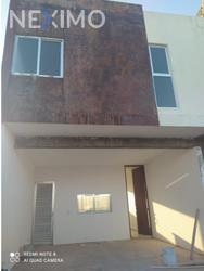 NEX-40237 - Casa en Venta, con 2 recamaras, con 2 baños, con 1 medio baño, con 140 m2 de construcción en Dzityá, CP 97302, Yucatán.