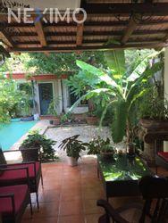 NEX-6300 - Casa en Venta en San Antonio Cinta, CP 97139, Yucatán, con 4 recamaras, con 4 baños, con 1 medio baño, con 250 m2 de construcción.