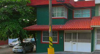 NEX-3541 - Casa en Venta en Pascual Ortiz Rubio, CP 91750, Veracruz de Ignacio de la Llave, con 4 recamaras, con 2 baños, con 240 m2 de construcción.