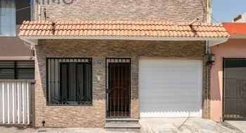 NEX-8329 - Casa en Venta en Reforma, CP 91919, Veracruz de Ignacio de la Llave, con 3 recamaras, con 2 baños, con 164 m2 de construcción.