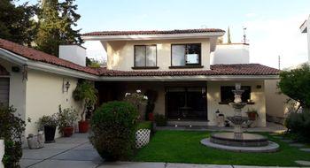 NEX-11188 - Casa en Venta en Jurica, CP 76100, Querétaro, con 3 recamaras, con 3 baños, con 1 medio baño, con 300 m2 de construcción.