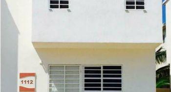 NEX-14583 - Casa en Renta en Playa Azul, CP 77724, Quintana Roo, con 3 recamaras, con 3 baños, con 125 m2 de construcción.