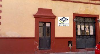 NEX-16162 - Casa en Venta en Centro, CP 76000, Querétaro, con 4 recamaras, con 2 baños, con 2 medio baños, con 200 m2 de construcción.