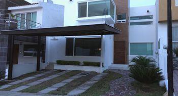 NEX-17018 - Casa en Venta en Cumbres del Lago, CP 76230, Querétaro, con 4 recamaras, con 3 baños, con 295 m2 de construcción.