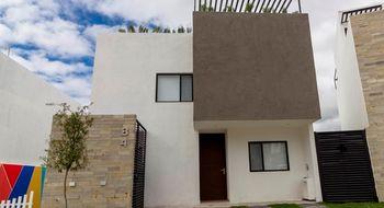 NEX-17393 - Casa en Venta en Zibatá, CP 76269, Querétaro, con 3 recamaras, con 3 baños, con 2 medio baños, con 165 m2 de construcción.