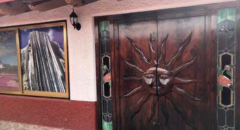 NEX-21723 - Casa en Renta en El Pueblito, CP 76904, Querétaro, con 2 recamaras, con 3 baños, con 275 m2 de construcción.