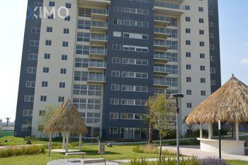 NEX-24071 - Departamento en Venta, con 2 recamaras, con 2 baños, con 102 m2 de construcción en Residencial el Refugio, CP 76146, Querétaro.