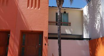 NEX-26816 - Casa en Renta en Punta Juriquilla, CP 76230, Querétaro, con 3 recamaras, con 2 baños, con 1 medio baño, con 128 m2 de construcción.