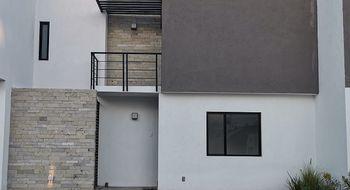 NEX-27343 - Casa en Renta en Zibatá, CP 76269, Querétaro, con 3 recamaras, con 2 baños, con 1 medio baño, con 175 m2 de construcción.
