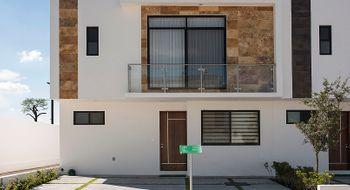 NEX-29164 - Casa en Venta en Cañadas del Lago, CP 76922, Querétaro, con 3 recamaras, con 2 baños, con 1 medio baño, con 131 m2 de construcción.
