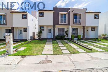 NEX-33111 - Casa en Venta, con 3 recamaras, con 2 baños, con 1 medio baño, con 114 m2 de construcción en Palmares, CP 76127, Querétaro.