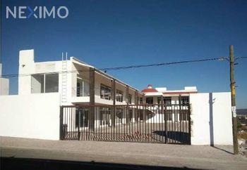 NEX-3658 - Local en Renta, con 2 baños, con 109 m2 de construcción en Real de Juriquilla, CP 76226, Querétaro.