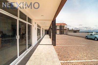 Local en Renta en Real de Juriquilla, Querétaro, Querétaro | NEX-3810 | Neximo | Foto 2 de 5