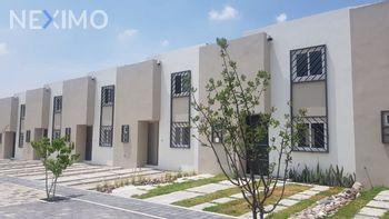 NEX-41077 - Casa en Renta, con 3 recamaras, con 2 baños, con 1 medio baño, con 93 m2 de construcción en Puertas de San Miguel, CP 76229, Querétaro.