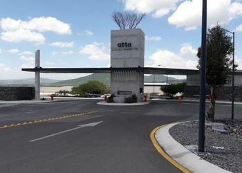 NEX-4720 - Bodega en Venta en Tierra Blanca, CP 76256, Querétaro, con 2 medio baños, con 1 m2 de construcción.