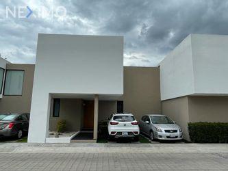 NEX-54425 - Casa en Venta, con 3 recamaras, con 2 baños, con 2 medio baños, con 208 m2 de construcción en Cumbres del Lago, CP 76230, Querétaro.