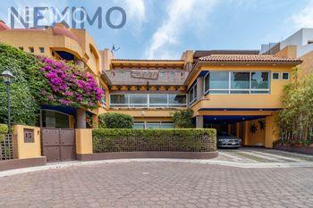 NEX-39715 - Casa en Venta, con 3 recamaras, con 5 baños, con 1 medio baño, con 560 m2 de construcción en Los Reyes, CP 04330, Ciudad de México.