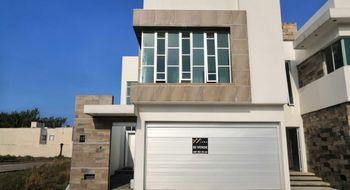 NEX-12293 - Casa en Venta en Paraíso Coatzacoalcos, CP 96523, Veracruz de Ignacio de la Llave, con 3 recamaras, con 4 baños, con 1 medio baño, con 220 m2 de construcción.